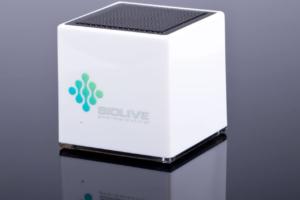 Lautsprecher Cube mit 3D High Gloss Finish in Farbe